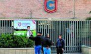 Con detectores de metal, recibirán a alumnos de colegio en Torreón
