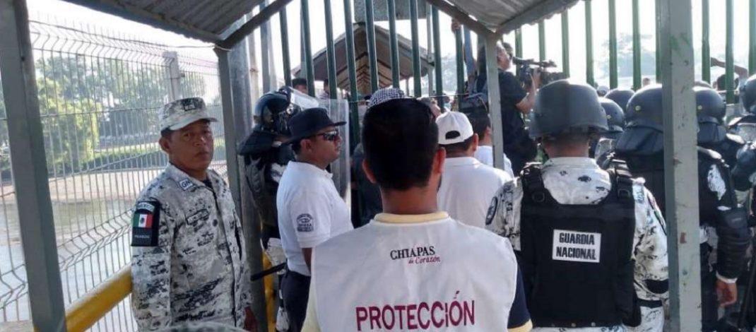 Marina y Guardia Nacional cierran el paso a mil 500 migrantes centroamericanos