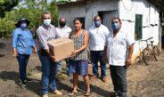 Cabildo del H. Hueyapan de Ocampo hace entrega de despensas a afectados por el frente frio numero 13