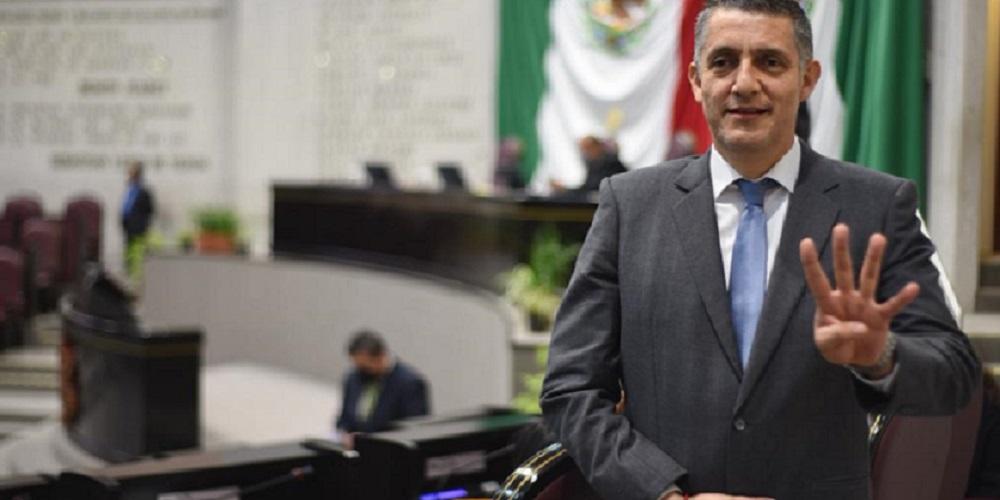Diputado Víctor Vargas desmiente su asistencia a «Fiesta» este fin de semana