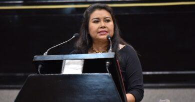 *Hoy más que nunca, necesaria la justicia social educativa: diputada Deisy Juan*